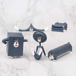 Tom and Jerry a set of 5 Bagge...